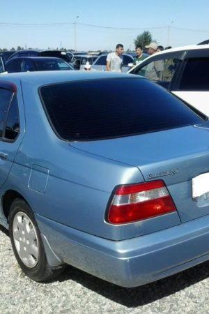 Bluebird Седан  (1998-2000)