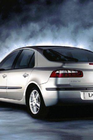 Laguna II Лифтбек (2001-2008)